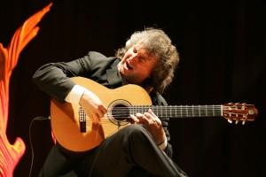 World Class Virtuoso Guitarist Eduardo Niebla
