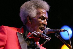 Blues Legend Lil' Jimmy Reed and His Band Take to the Stage