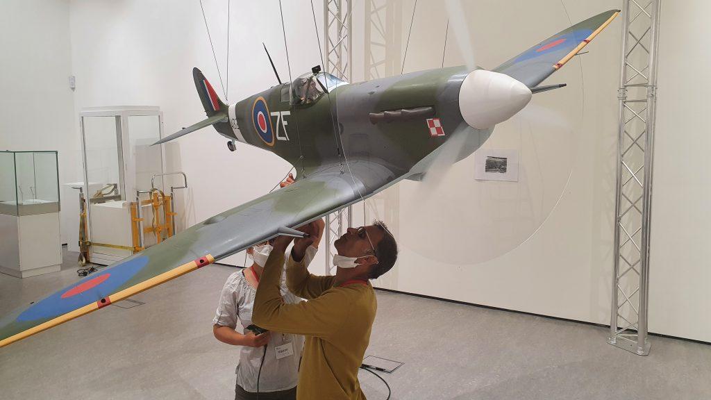 Building a paper Spitfire: Part 12